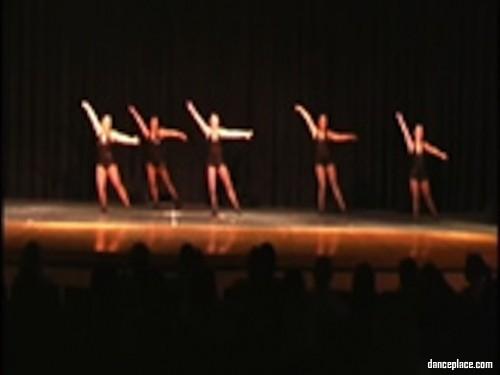 Caitlin Clark's Centre of Dance