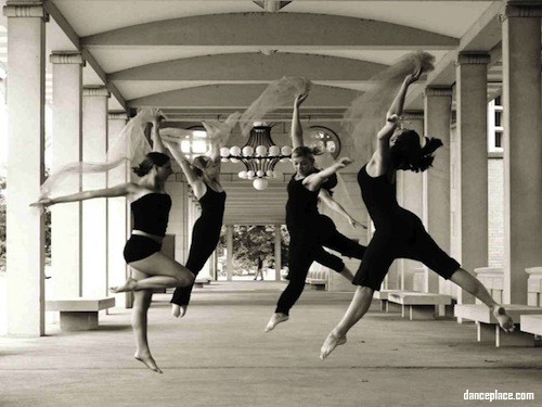 Turning Pointe Academy of Dance