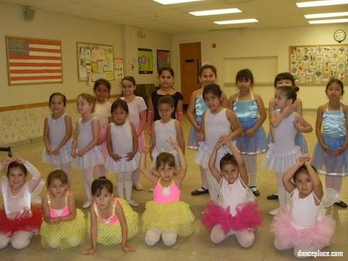 Ms.Ferdinandova's Ballet School