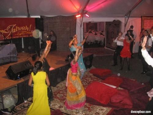 Shake Bollywood Shake indian dance studio