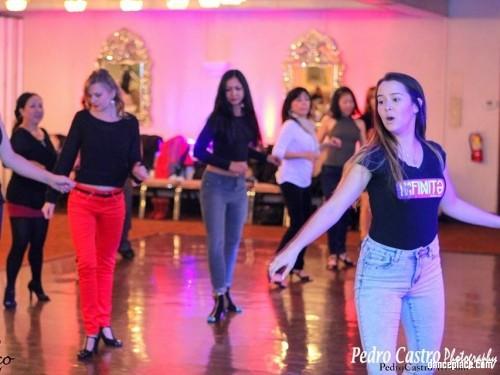 Que Rico Dance Company