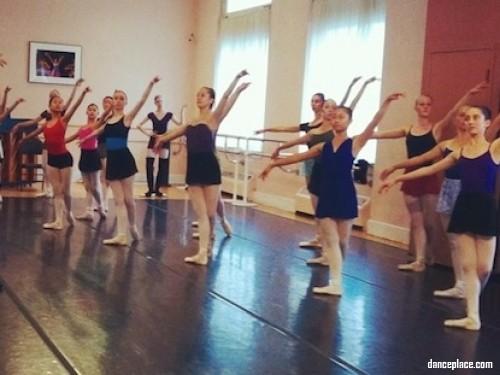 Goh Ballet Academy