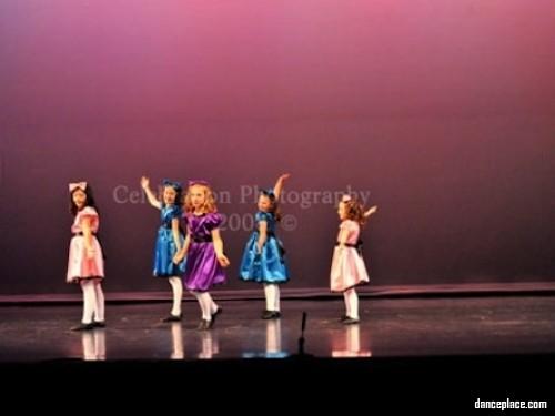Dancin' Stars Performing Arts