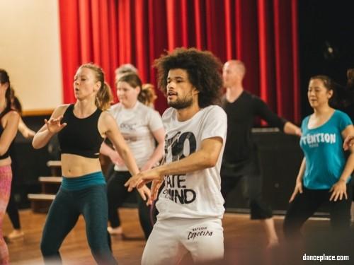 DA dance studio