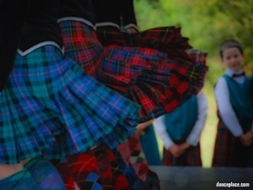Inverglen Scottish Dancers