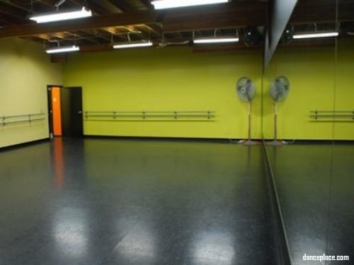 RobbCard Dance Studio