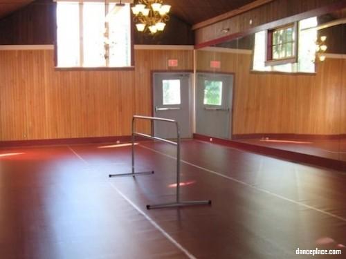 Maple Leaf School Of Ballet Victoria BC Canada