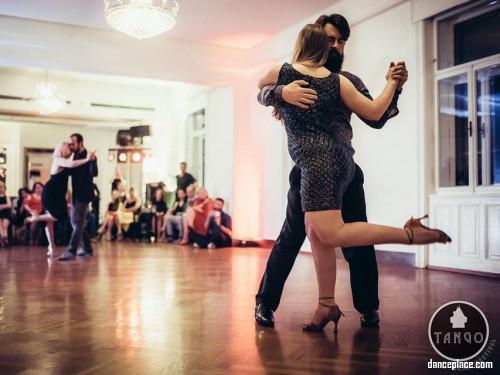 Grazy Tango