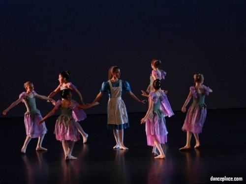 Flor de Liz Dance